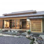 日本のお家。桜の里。