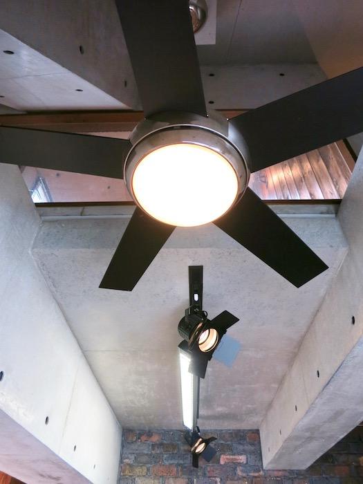 the LOFT 4-D リビング 照明&ファン かっこいいです♡1
