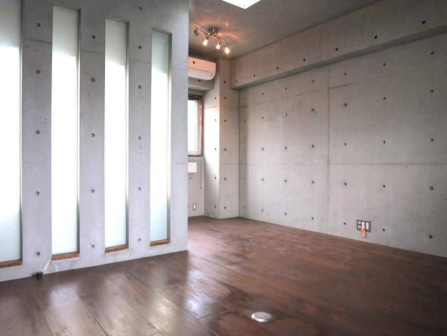 the LOFT 4-D 2階Right プライベートルーム2