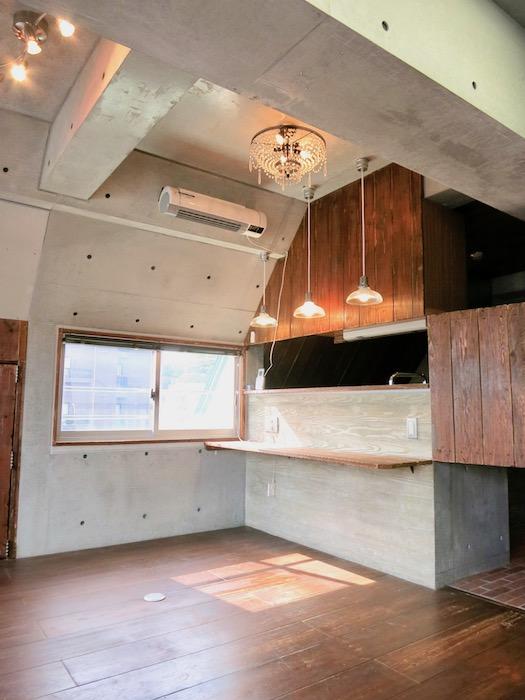 the LOFT 4-D リビング コンクリート・壁・カウンター全てのデザインが素敵6