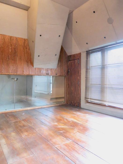the LOFT 4-D 2階 Left Room おしゃれなキッズルーム 洗練さと遊び心がミックスされた空間1