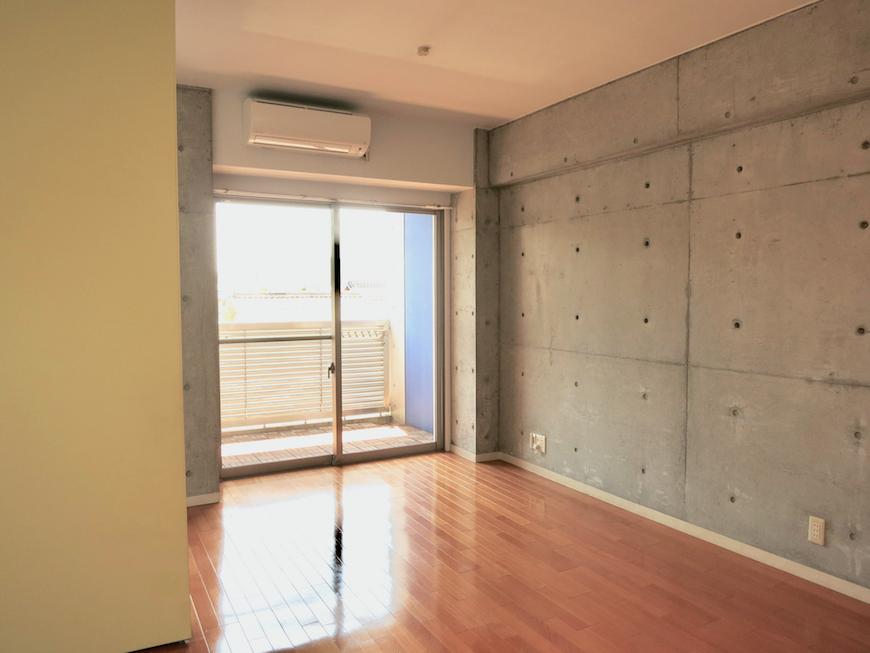 グラン・アルファ307 お部屋の大きさ自由自在 バルコニーへ。