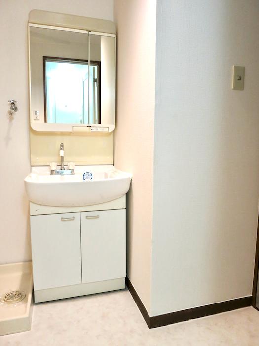 ラ・ヴィアン・ムロガ 603  バスルーム4