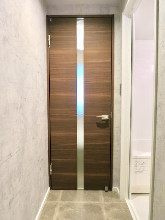 7E  バスルーム インダストリアル  クール!トイレはコンクリート打ちっ放し風1