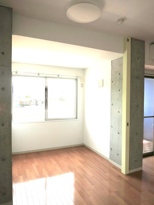 グラン・アルファ307 5,6帖の洋間は窓から光がたくさん入ります。
