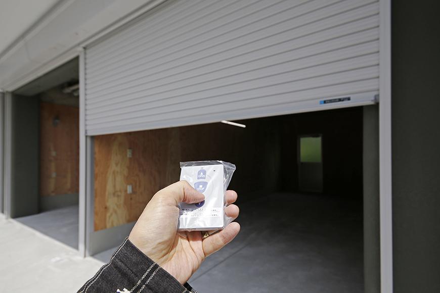 【TOMEI BASE】ガレージのシャッターOPEN_MG_9435