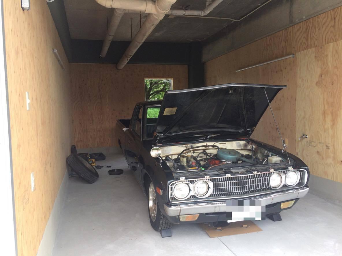 TOMEI BASEのガレージでレストア中のトラック_21146232_969604779861194_1535140350_o