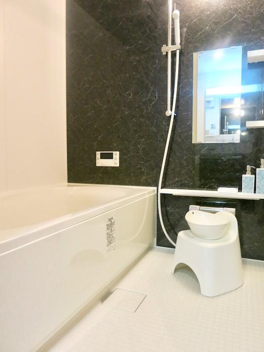 ラヴィータ泉 落ち着いたバスルーム。Cタイプ10