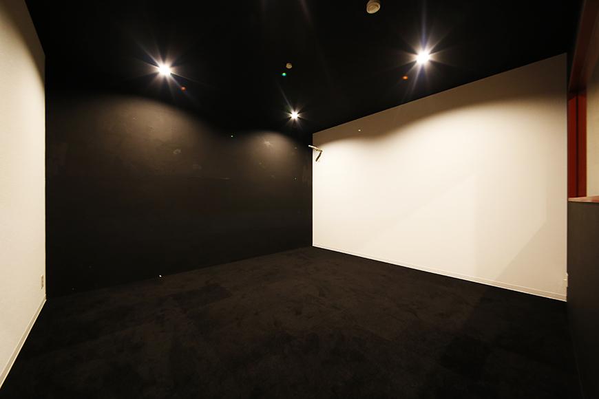 【MYGARAGE】GARAGE4_ガレージ内の個室_MG_4684