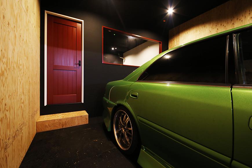 【MYGARAGE】GARAGE4_ガレージ内の個室へのドア_MG_4778