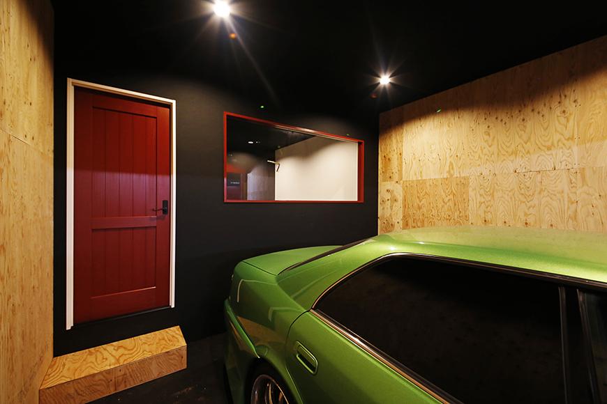 【MYGARAGE】GARAGE4_ガレージ内の個室へのドア_MG_4675