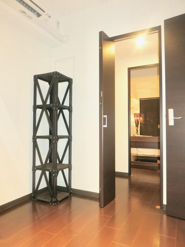 ラヴィータ泉 Cタイプ39 間取りが実用的。お部屋とお部屋の間にクローゼット。