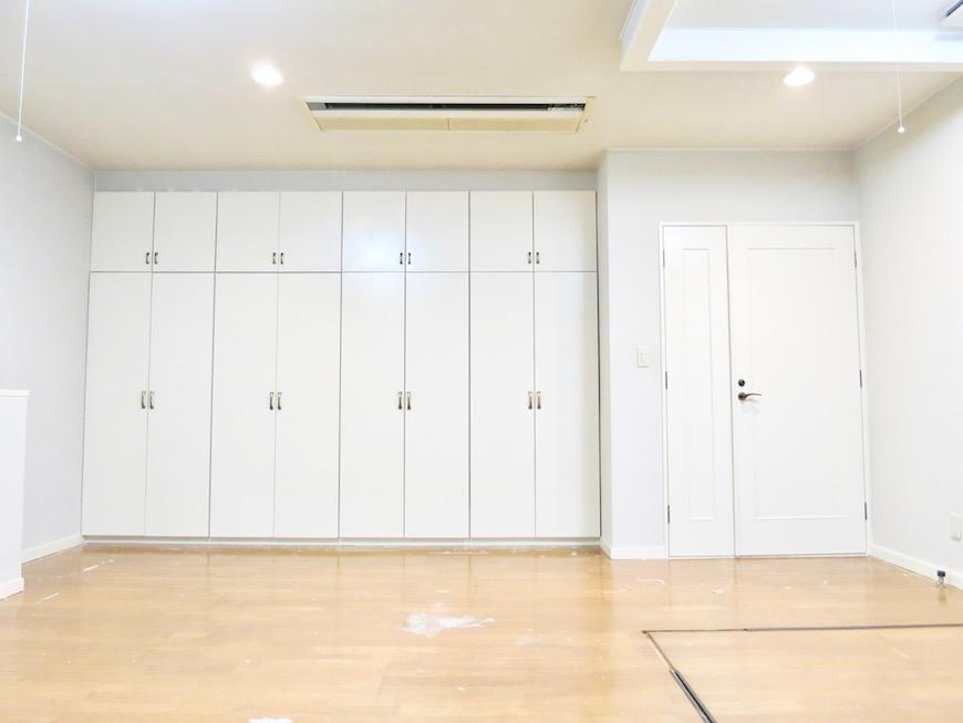 THe PLace ペンキ塗り後の空間。床はまだ替えてないですよ。_0865