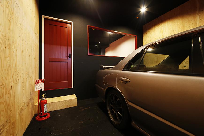 【MYGARAGE】GARAGE3_ガレージ内の個室へのドア_MG_4735