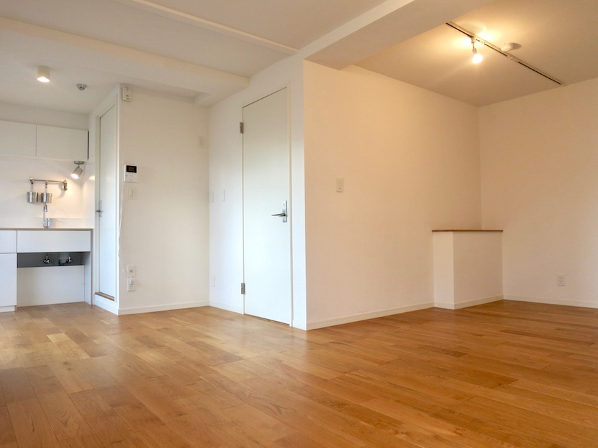 7A ナゴヤマンション今池  無垢の床ナチュラルなホワイトの壁 TOMOS ROOM3