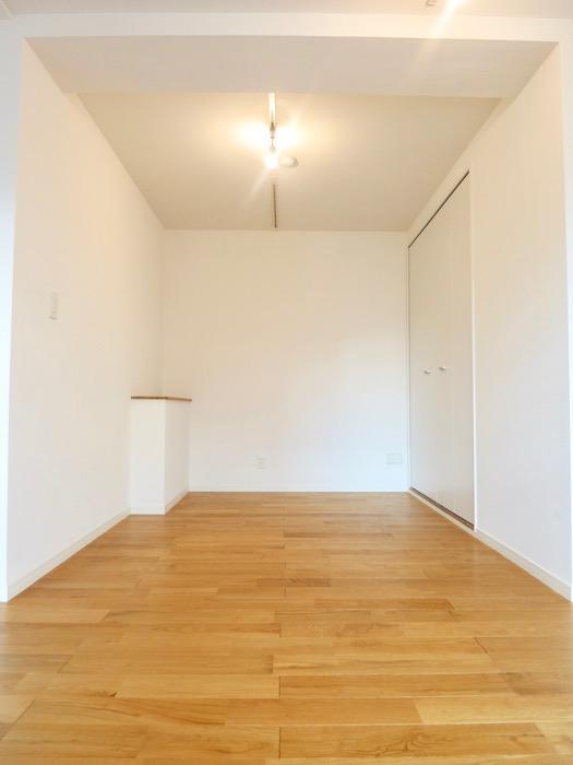7A ナゴヤマンション今池  無垢の床が広がる TOMOS ROOM8