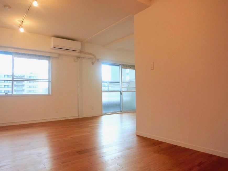 7A ナゴヤマンション今池  無垢の床ナチュラルなホワイトの壁 TOMOS ROOM8