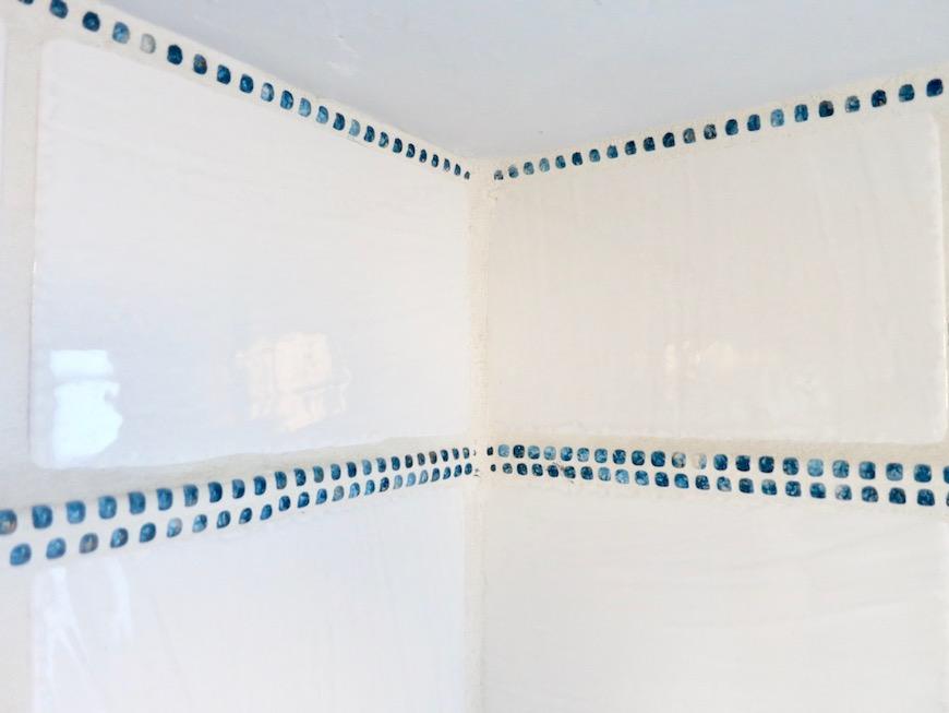 7A ナゴヤマンション今池  レトロなバスルーム タイルとガラス玉でデザインされた可愛いお風呂3