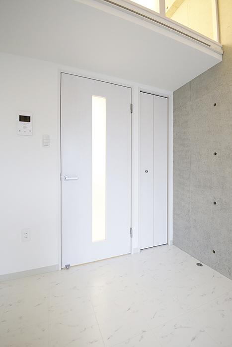 【Gstyle栄東】洋室のドア・収納のドア_MG_8785