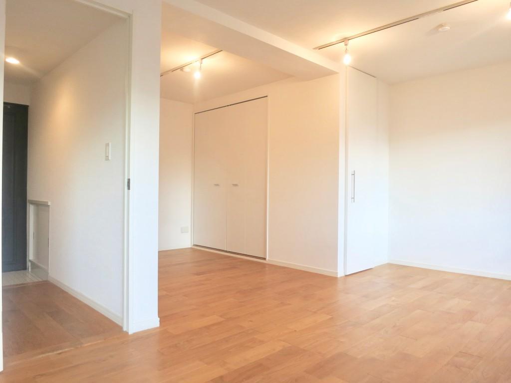7A ナゴヤマンション今池 無垢の床が広がる気持ちいいお部屋。_1795