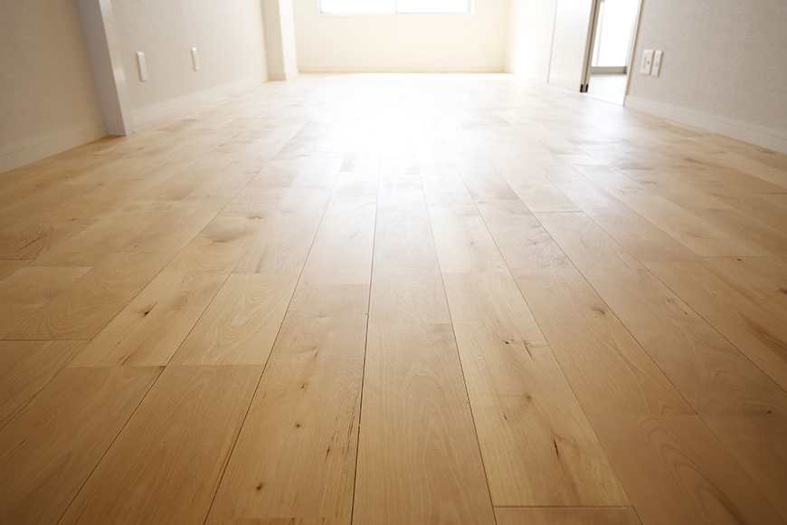 【内観】TOMOS江南_無垢の床材はTOMOSのリノベのポイント!_MG_6941