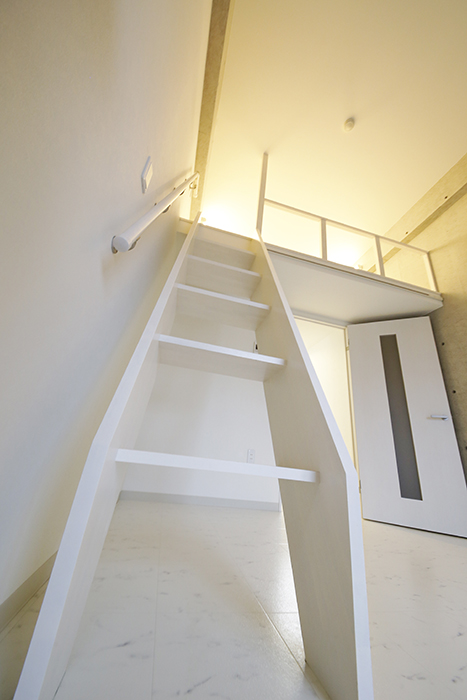 【Gstyle栄東】ロフトへの階段_MG_8857