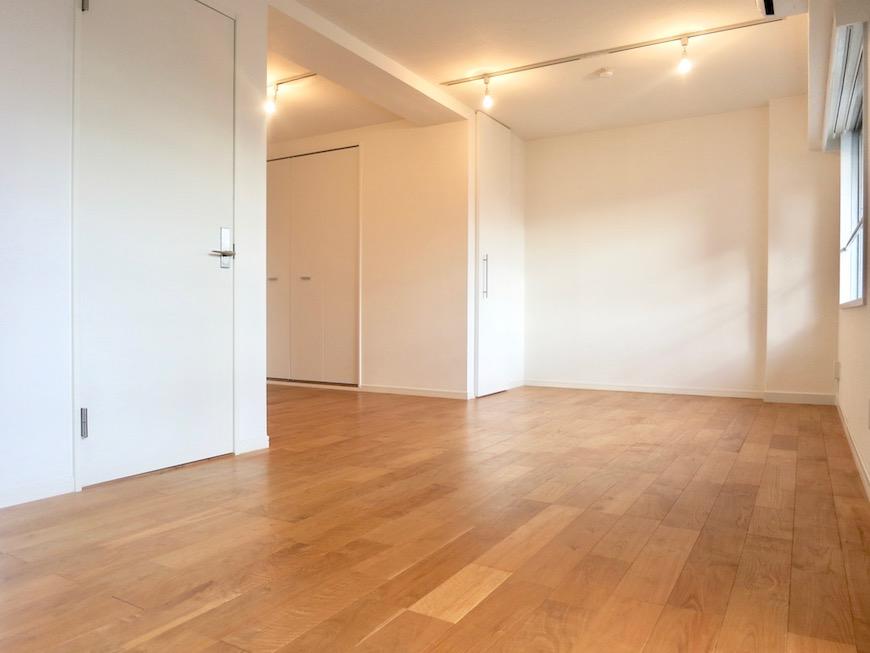 7A ナゴヤマンション今池  無垢の床が広がる TOMOS ROOM3