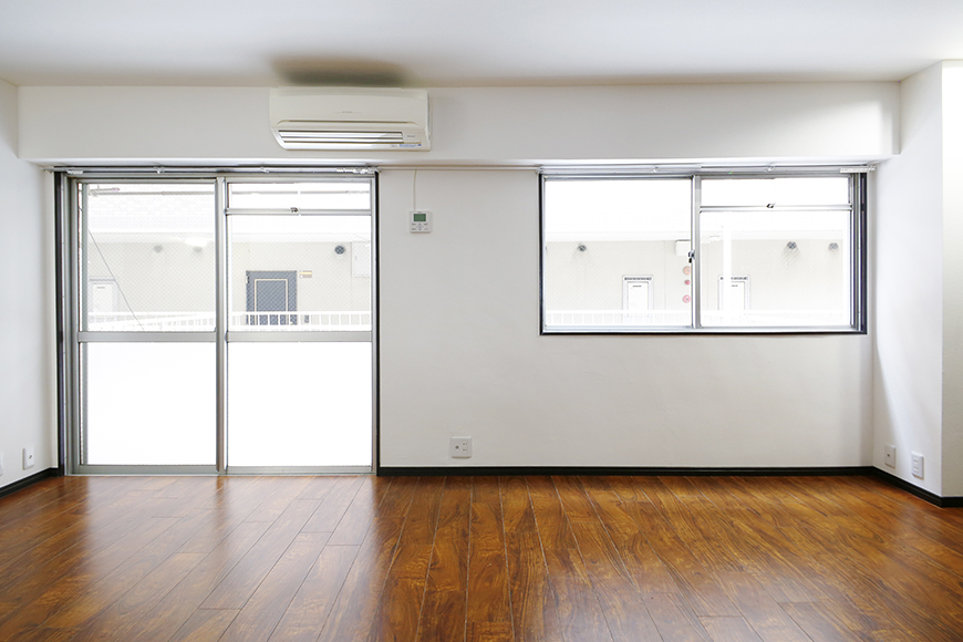 【BELLE PARK FRONT】洋室_二つの窓から明るい陽射し_MG_8442