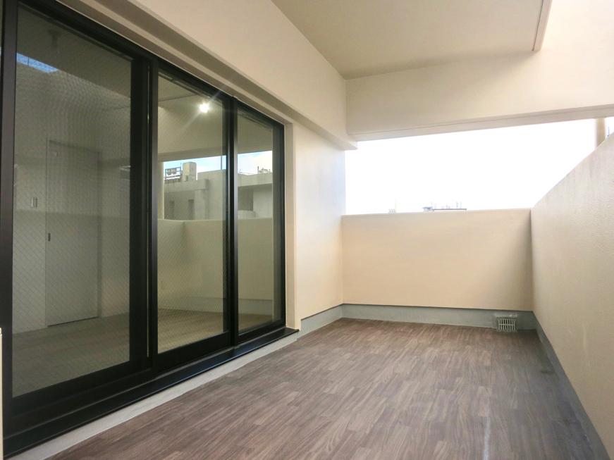 RINASCERE  902号室 2F すごく広いベランダ 27