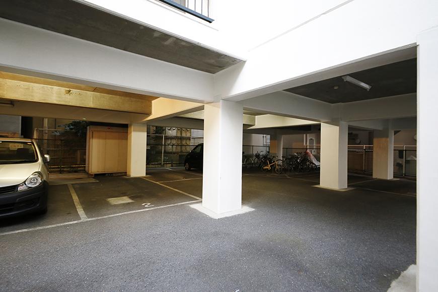【メゾン千種】敷地内駐車場_MG_4458