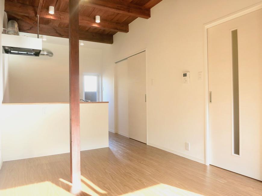 グランスイート黒川テラス103号室。和の雰囲気が素敵なLDK IMG_2689