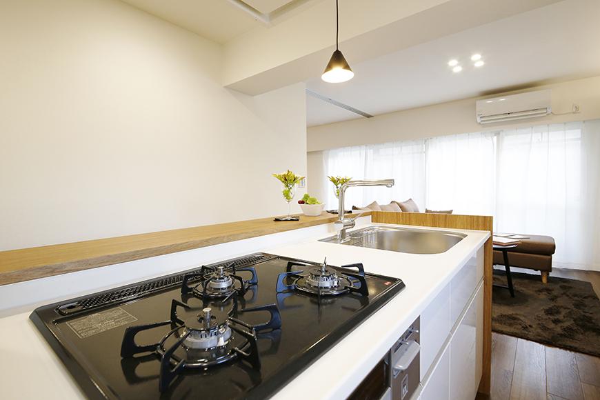 【メゾン千種】キッチンからリビングの眺め_MG_4035