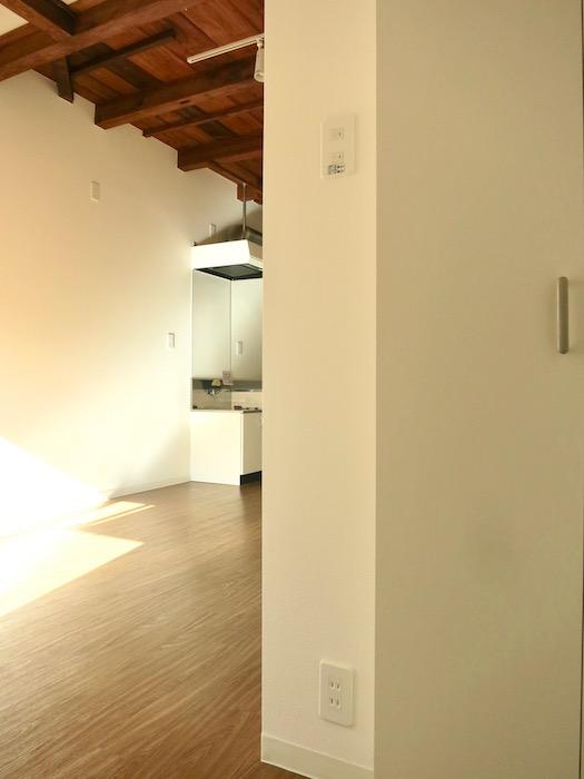 グランスイート黒川テラス。101号室。和の味わいがある空間。IMG_2762