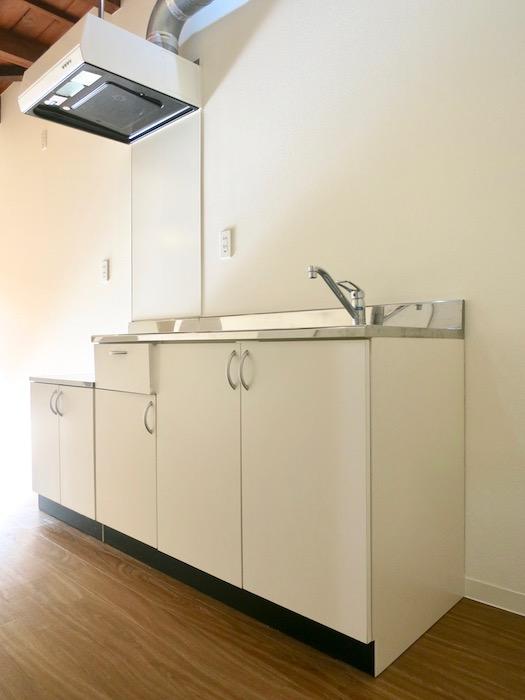 グランスイート黒川テラス 101号室 キッチン台IMG_2783