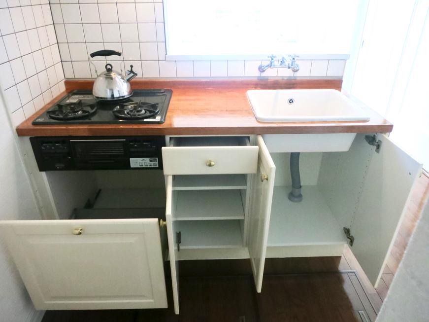 MA MAISON 参番館 キッチン台周りがとってもお洒落です。6