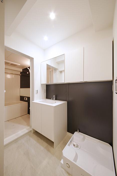 【メゾン千種】水周り_室内洗濯機置き場・独立洗面台_MG_4223
