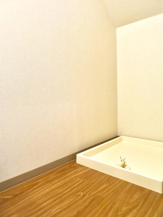 グランスイート黒川テラス 103号室  水周りは今時のシンプルお洒落な仕様になっています。4