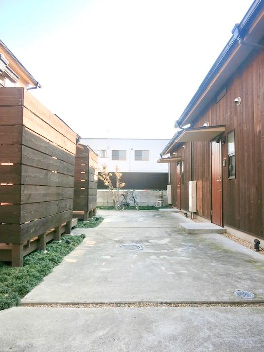 グランスイート黒川テラス 三軒長屋が並ぶ空間。IMG_2753