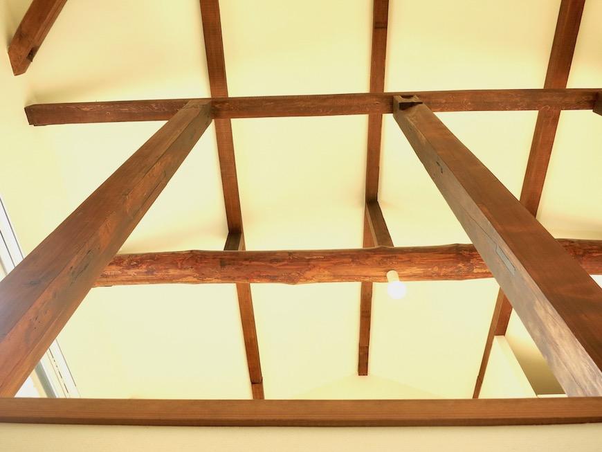 グランスイート黒川テラス すごくかっこいい「和」の空間。梁と柱がたまらない。IMG_2789