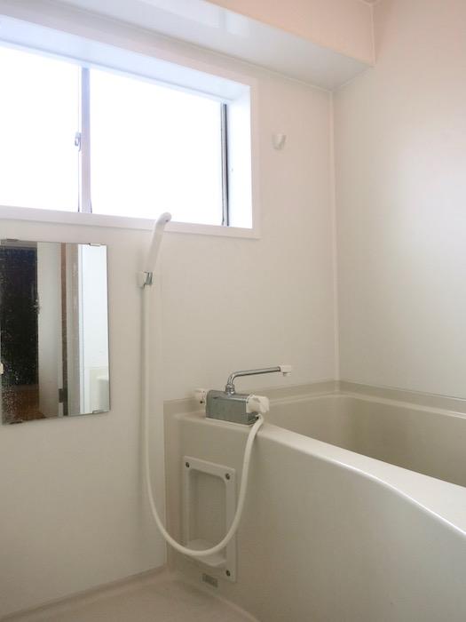 TOMOS Imaike (ナゴヤマンション今池)7B サニタリールーム&バス&トイレ。2