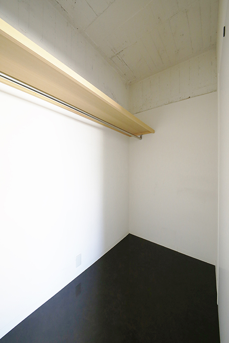 【MIYAKODORI bldg】洋室_ウォークインクローゼット_MG_3516