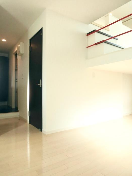 White Hills West 101号室 ひみつ基地のような楽しい間取りです。6