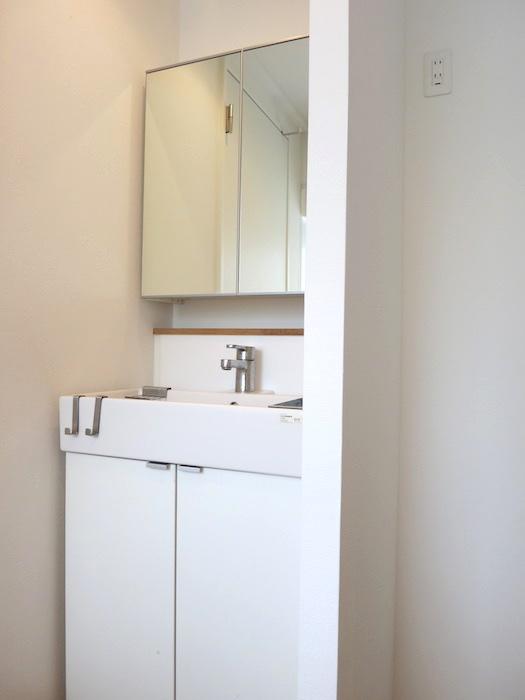 TOMOS Imaike (ナゴヤマンション今池)7B サニタリールーム&バス&トイレ。0
