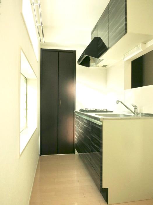 White Hills West 101号室 キッチンスペース。0