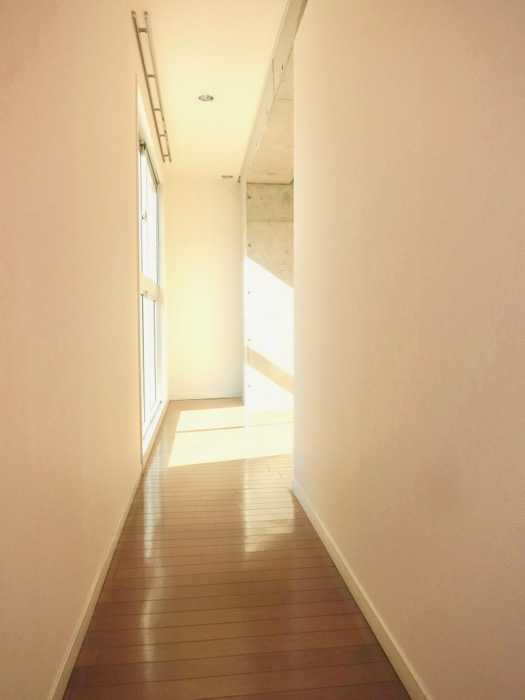 Ns21 やごと 玄関&長い廊下。1