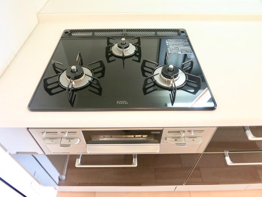 AJUR JOSAI 4A ゆったりワイドなキッチン台。4