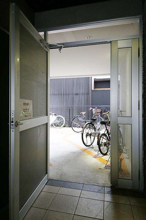 【スクエア・アパートメント】外観_駐輪場_MG_3346