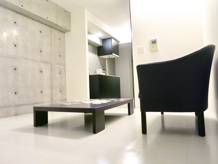 FLATS GAZERY 603号室美しく秩序のある空間。モノトーンが際立つ空間。3