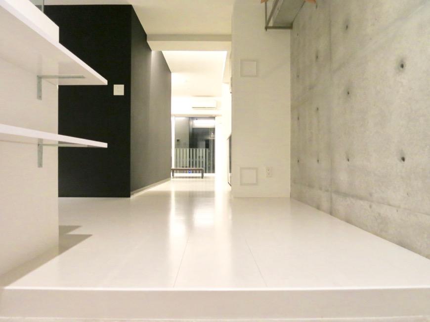 FLATS GAZERY 603号室  クールなモノトーンのお部屋。どこを見ても美しい空間です。2