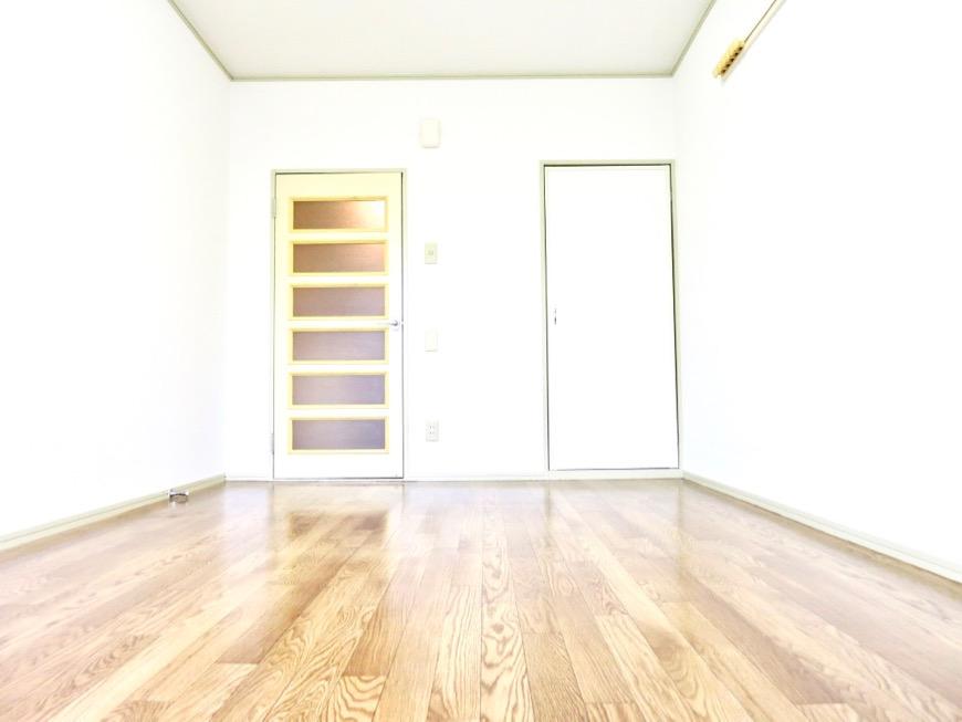 WING COURT 207号室  落ちついた雰囲気のクッションフロアです。0